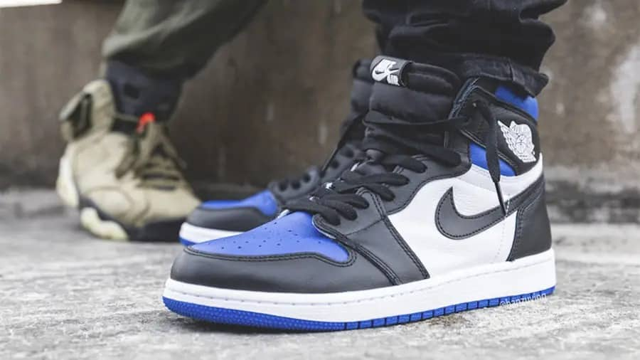 air-jordan-1-high-og-game-royal