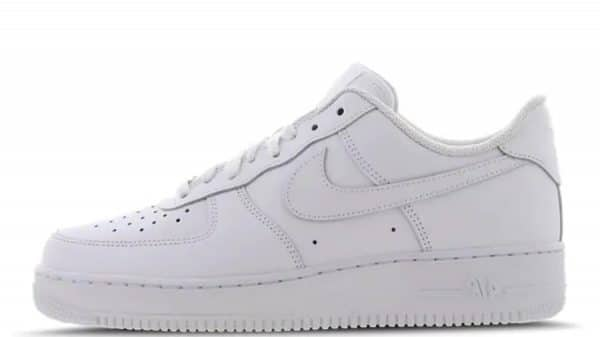 sneakerdaily.vn-Nike-Air-Force-1-07-Triple-White-315122-111