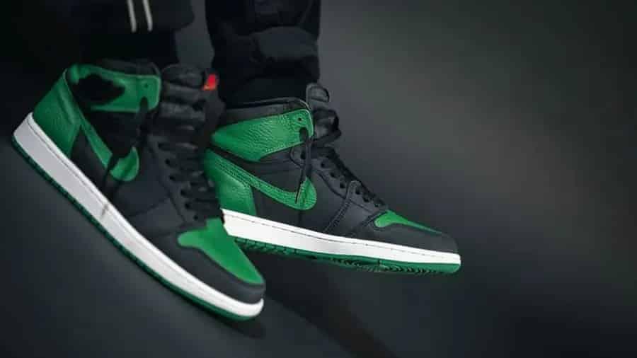 air-jordan-1-pine-green-555088-030