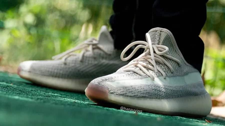 yeezy-boost-350-v2-cloud-white-2-0-fw3042
