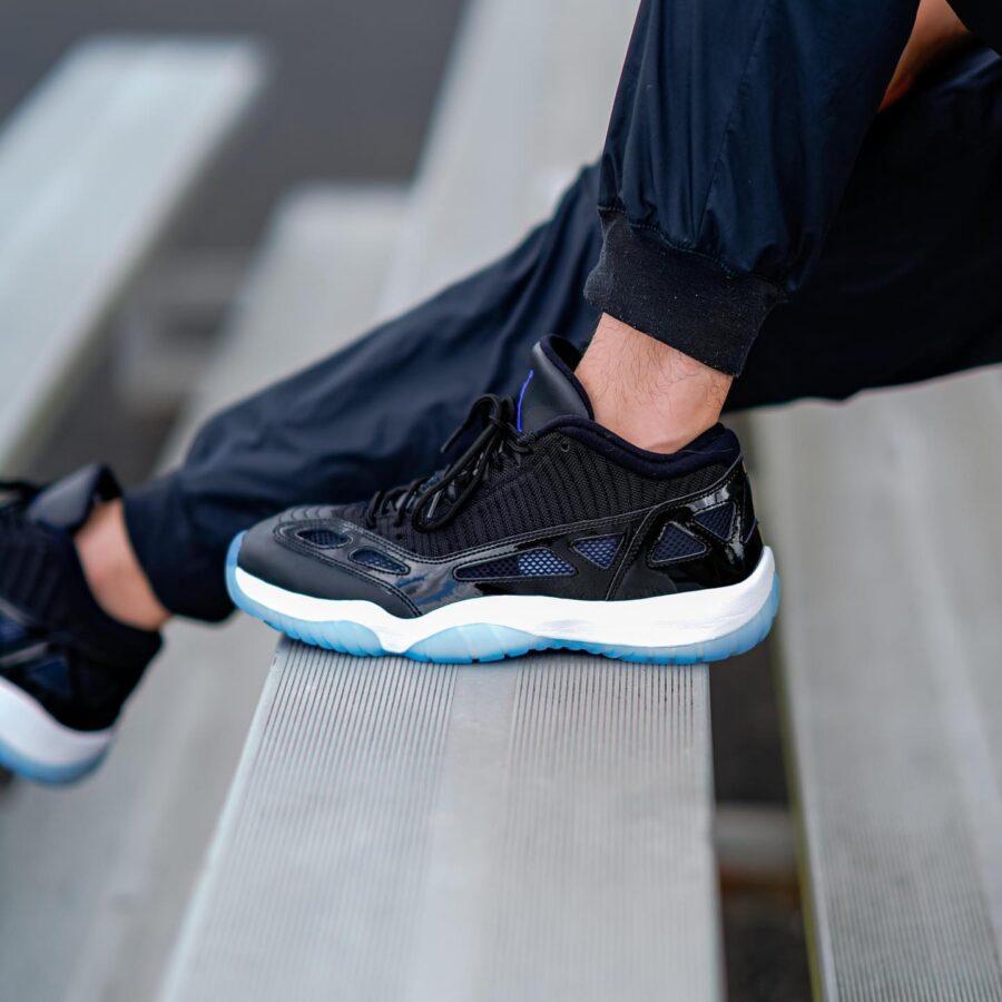 https://sneakerdaily.vn/san-pham/nike-air-jordan-…e-jam-919712-041/