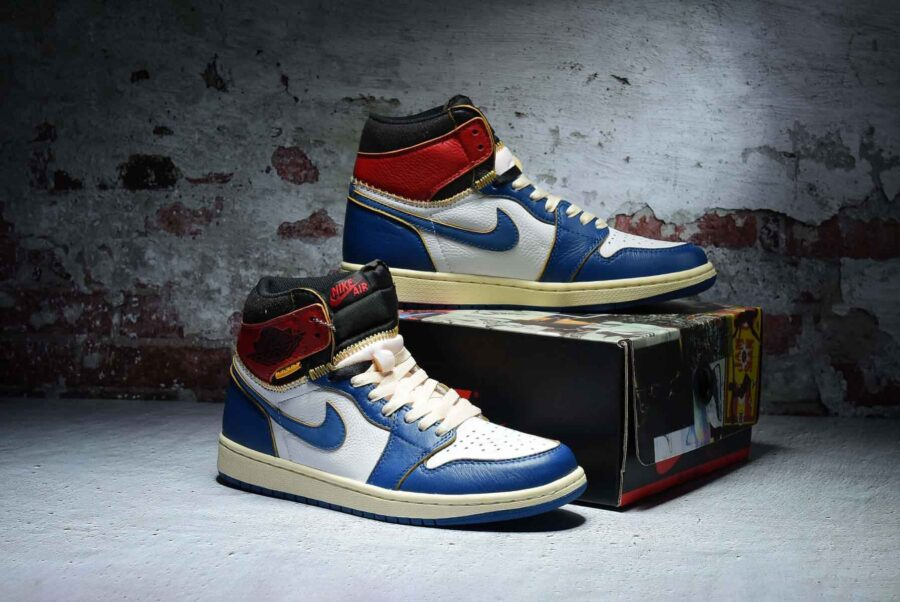 air-jordan-1-retro-high-union-los-angeles-blue-toe-bv1300-146