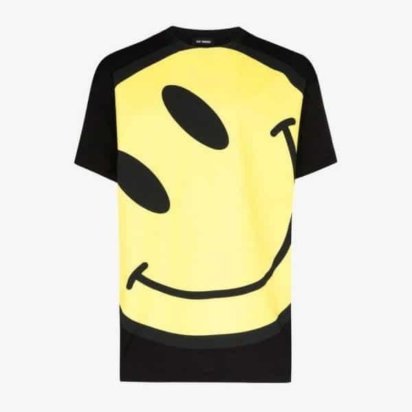 ao-raf-simons-big-fit-t-shirt-smiley-black