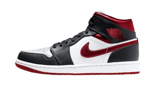 Air Jordan 1 Mid Metallic Red 554724-122