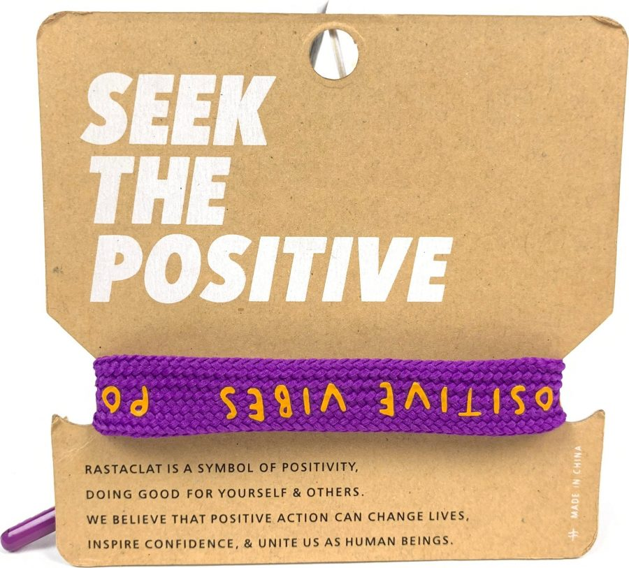 vong-tay-rastaclat-positive-vibes-purple