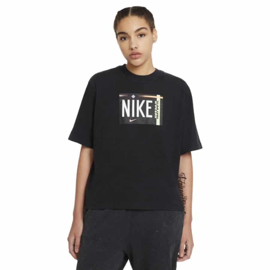 ao-thun-nike-sportswear-womens-t-shirt-dd1234-010